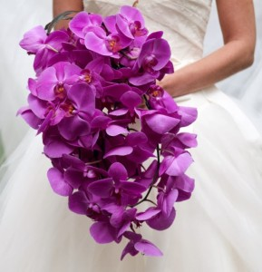 wedding-ideas-orchid-centerpiece-idease