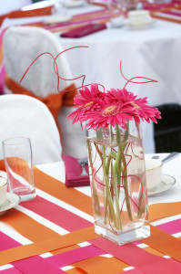 Cheap-Centerpices-Under-25.00-DIY-Wedding-Flower-Ideas